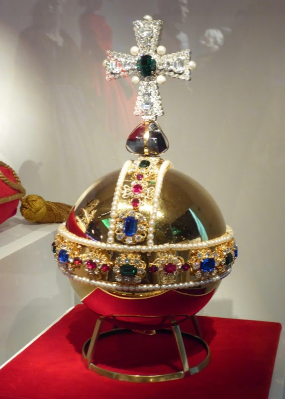Crown Sovereigns Orb replica prop