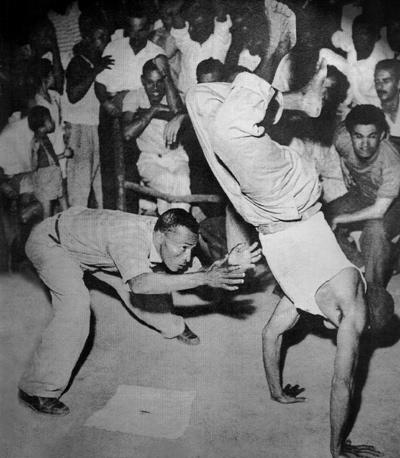 CAPOEIRA - MESTRE WALDEMAR DA PAIXÃO - ILHA DE MARÉ - 1955