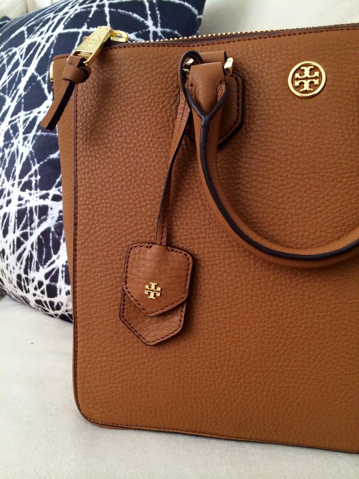 ab41507e612 NicoleVeronica  What s Inside My Bag  Tory Burch Robinson Pebbled ...