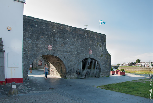 Spanis Arch Galway Irlanda