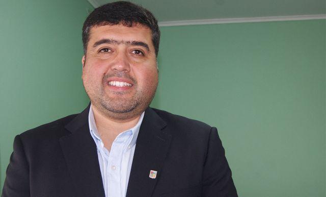 Profesor Felipe Almuna Salgado