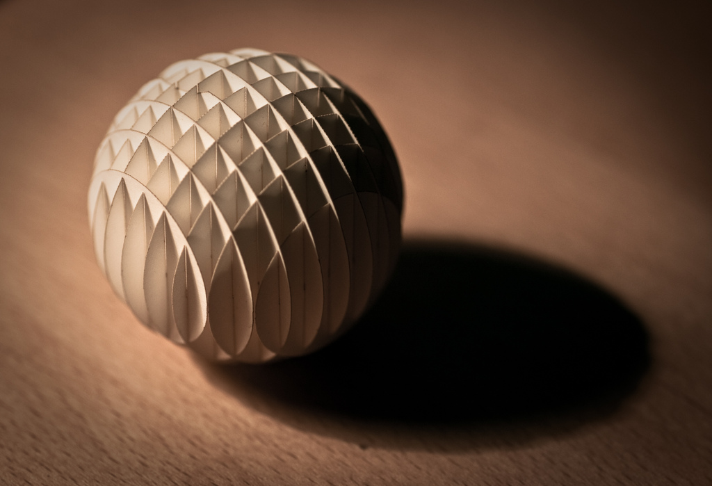 TLC Paper Sphere
