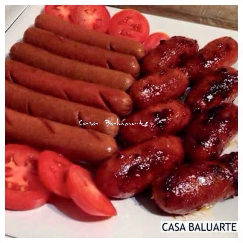 Fried Longanisa Hotdog W Slices Of Tomato