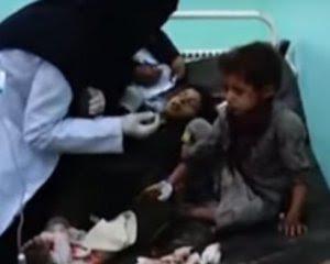 Обстріляли автобус із дітьми: десятки вбитих і поранених
