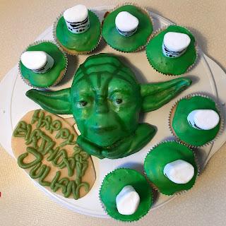 Dinchen4444s Blog Bei Chefkoch De Yoda Kuchen Mit Stormtroopern