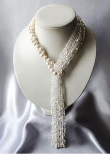 https://www.amazon.in/gp/search/ref=as_li_qf_sp_sr_il_tl?ie=UTF8&tag=fashion066e-21&keywords=white necklace pearls&index=aps&camp=3638&creative=24630&linkCode=xm2&linkId=62b3b2b829d642ddc4e75397aef2b80f
