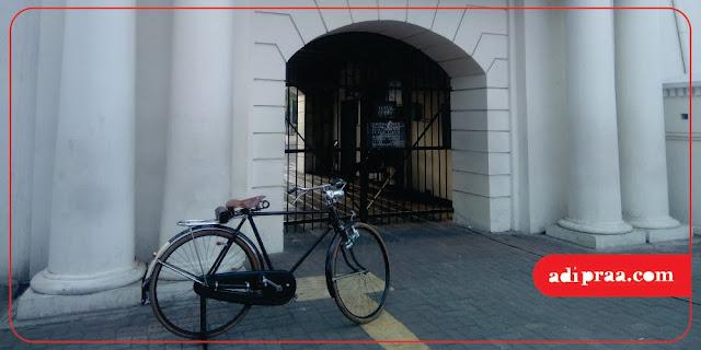 Pintu Masuk Benteng Vredeburg | adipraa.com