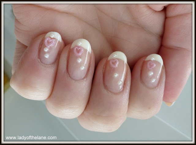 Nail Art Pearls from Sparkly Nails