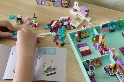 easily update a wood tray to make a lego house for mini-figures