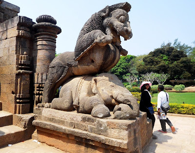 Yali or Simha-vyala at the entrance to the Konark Sun Temple, Orissa