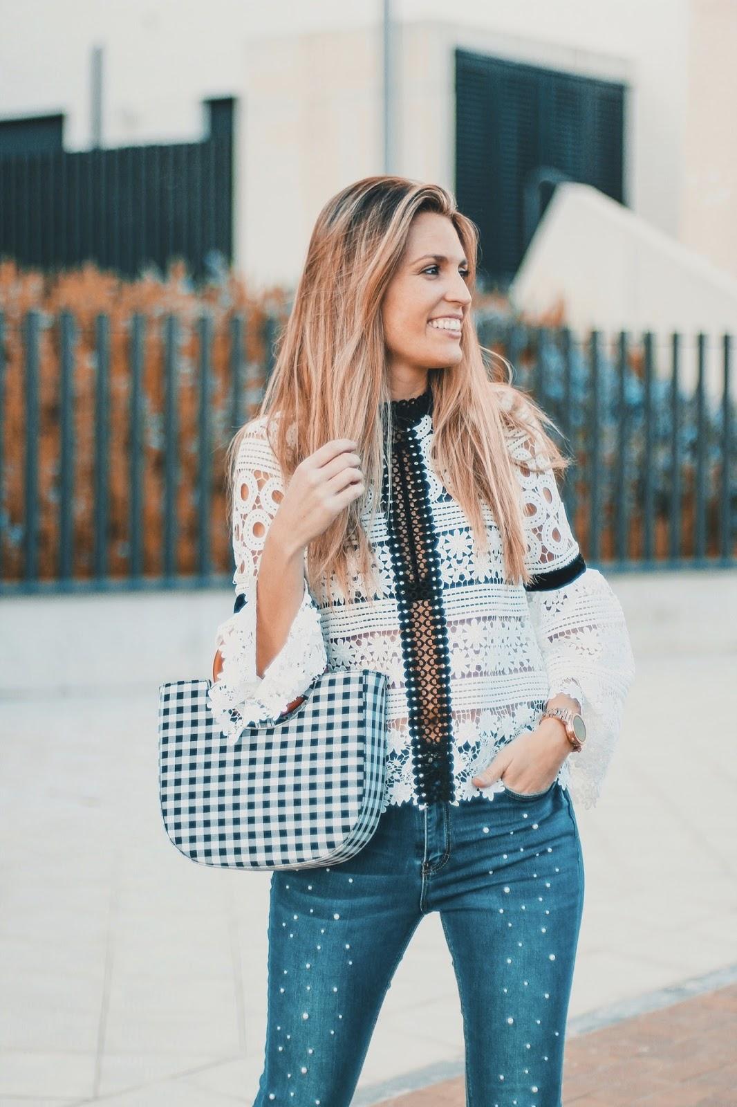 blusa crochet blanca y negra