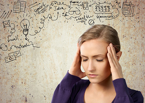 Você sabe por que as mulheres andam tão cansadas? Psicóloga responde!