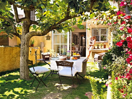 Outdoor dining rooms 1