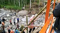 Pasca Ambruknya Jembatan Plompong, Jembatan Darurat Segera Dibangun