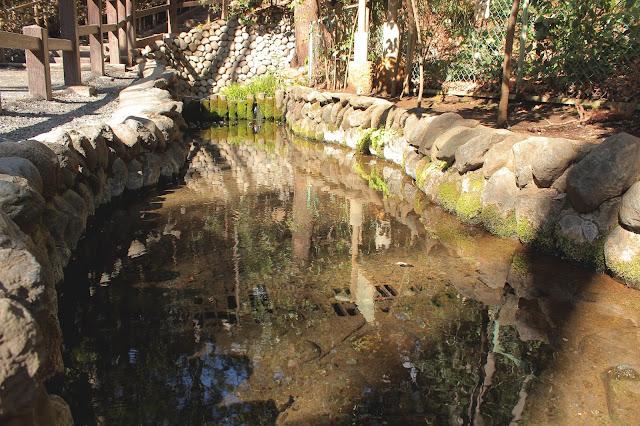 大地が切れてる?武蔵野大地が作り出した朝霞団地の不思議な光景【c】