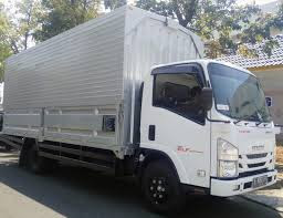 Isuzu NMR 71 Long Wing Box