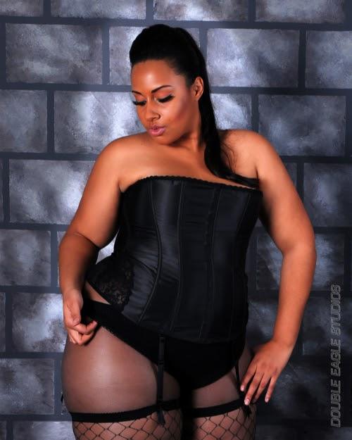 Venus Jade Media: BBW Model: Angel Davis