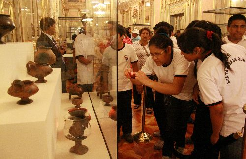 Machu Picchu artifacts exhibition attracts over 30,000 visitors