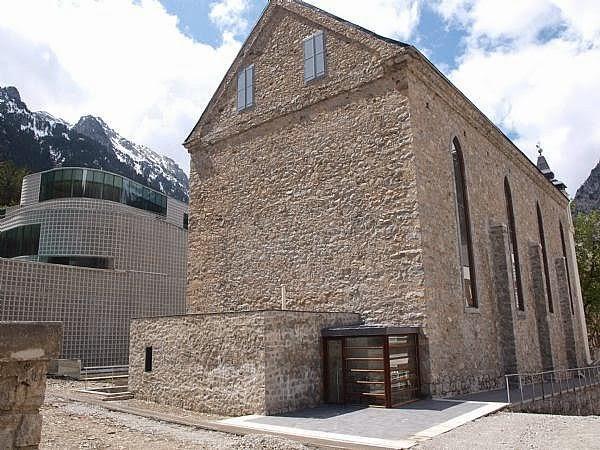 Resultado de imagen de entrada a la iglesia de baños de panticosa