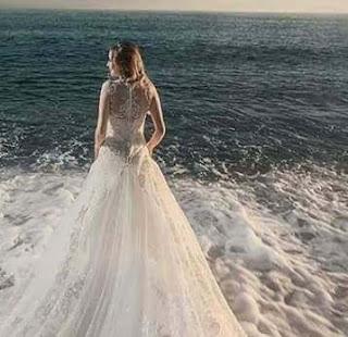 ocean-wave-girl-dp