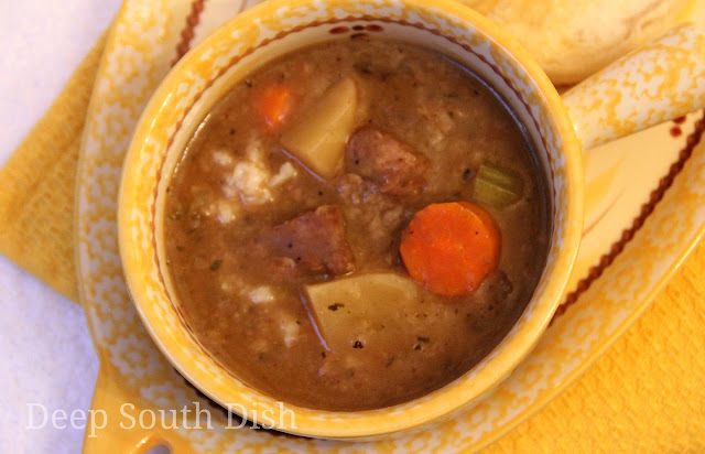 A creamy beef stew with potatoes, onion, carrot and celery and cooked in the slow cooker. Here it is served over rice, in the Deep South tradition.