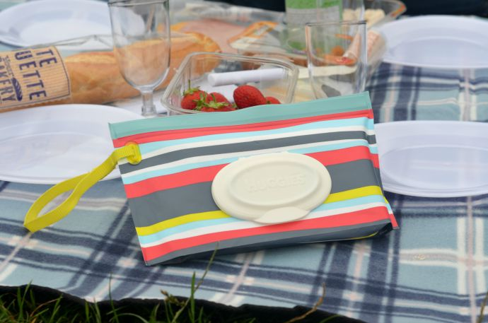 Huggies wipes, style on the go, picnic