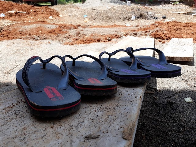 Sandal Jepit Lebih Asik
