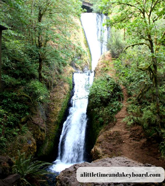 Shimmering and beautiful Bridal Veil Falls in Oregon