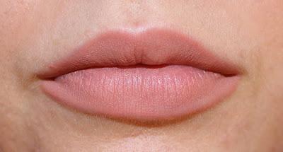 Buxom Plumpline Lip Liner in Stealth