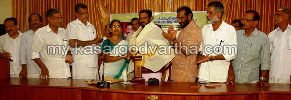 Kerala, News, Trikaripur, Kasargod, Raghavan Maniyattu Felicitated.