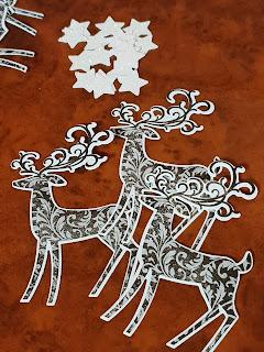 Weihnachtskalender Geschenkverpackung by Silvi Provolija