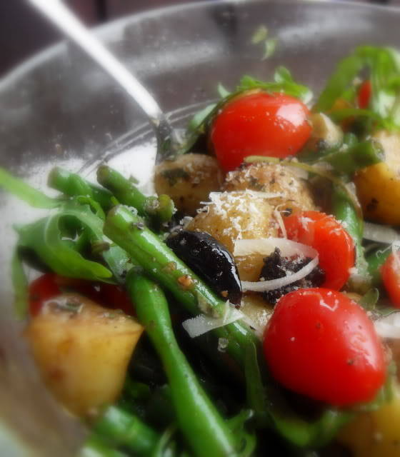 the english kitchen warm potato olive and green bean salad. Black Bedroom Furniture Sets. Home Design Ideas