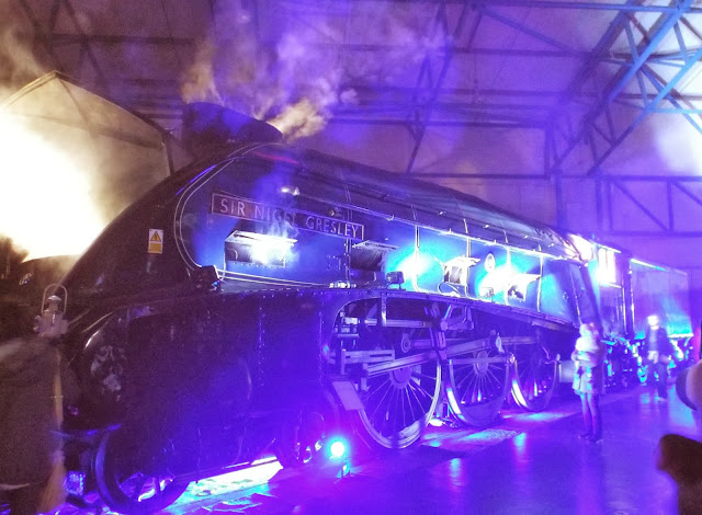 Sir Nigel Gresley, Locos in a Different Light