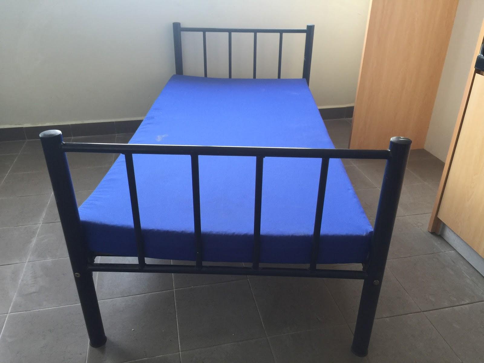 perabot terpakai katil single