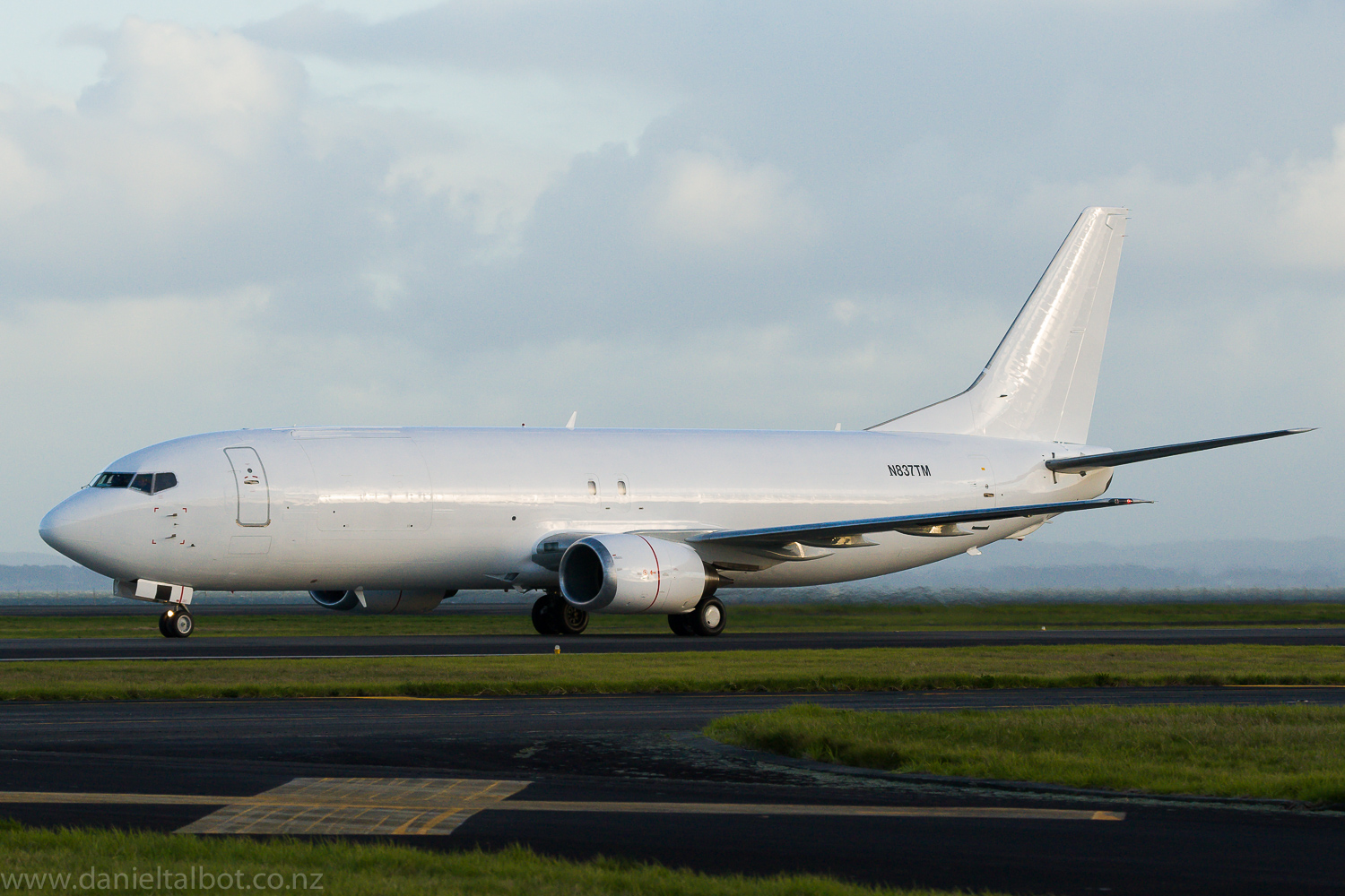 Boeing 737 400 Freighter N837tm Zk Pat Article Tue
