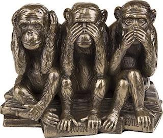 photo des 3 singes, rien entendu, rien vu, rien dit