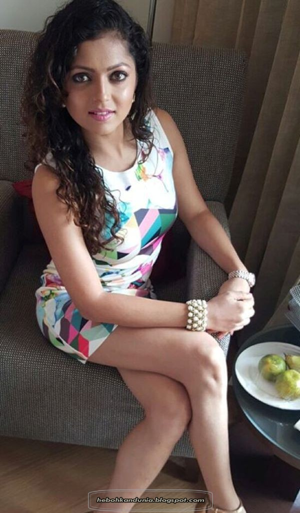 Foto Drashti Dhami Hot dan Seksi