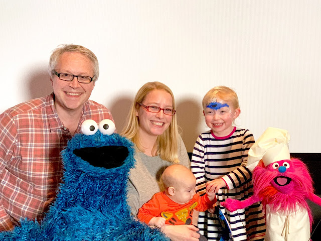 A family photo with Cookie Monster and Gonger