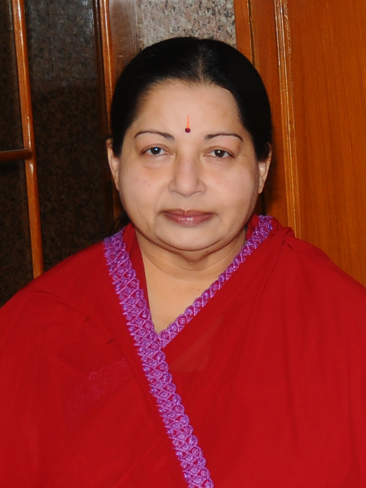 TAMILNADU CHIEF MINISTER SELVI J.JAYALALITHA HIGH QUALITY PHOTOS