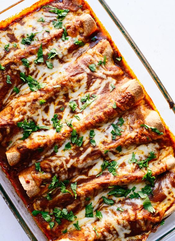 Veggie Black Bean Enchiladas #veggie #blackbean #enchiladas #vegetarianrecipes #vegetarian