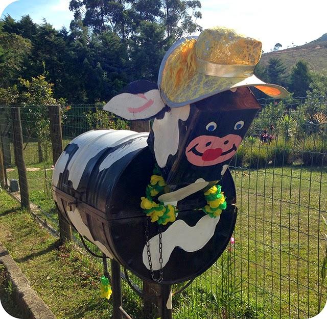 Lixeira de Vaca : Lavras Novas - Minas Gerais