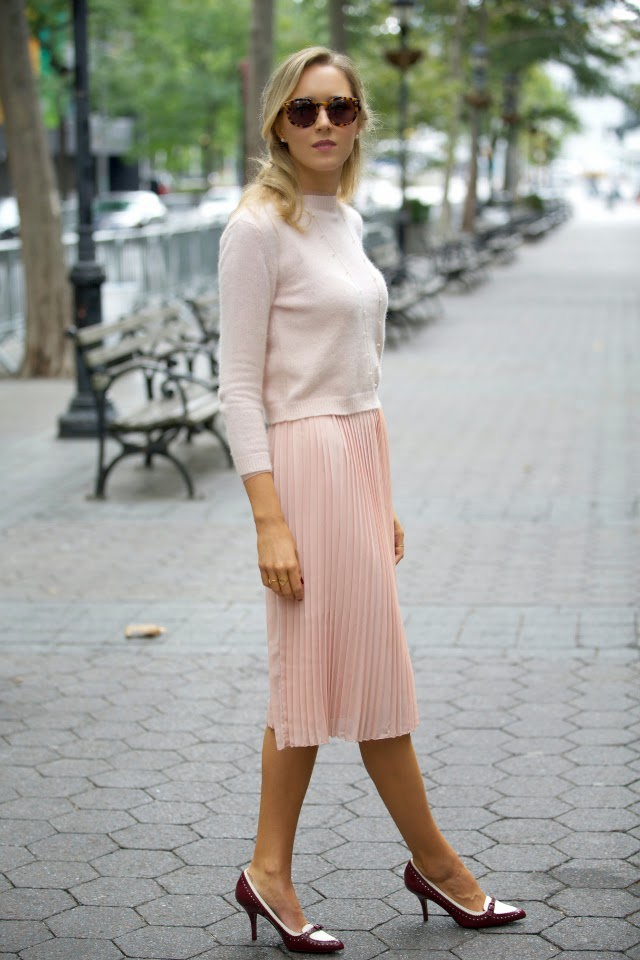 Pastels And Pleats Memorandum Nyc Fashion Amp Lifestyle Blog For The Working Girl
