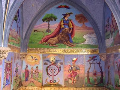 la rueda de la fortuna, el carro, el colgado, el enamorado la justicia en mosaico