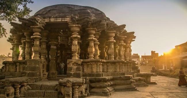 The stunning Kopeshwar temple at Khidrapur, Kolhapur