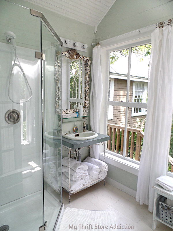 A Secluded Stay at the Bide-A-While Retreat mythriftstoreaddiction.blogspot.com A spa worthy shower in The Cottage