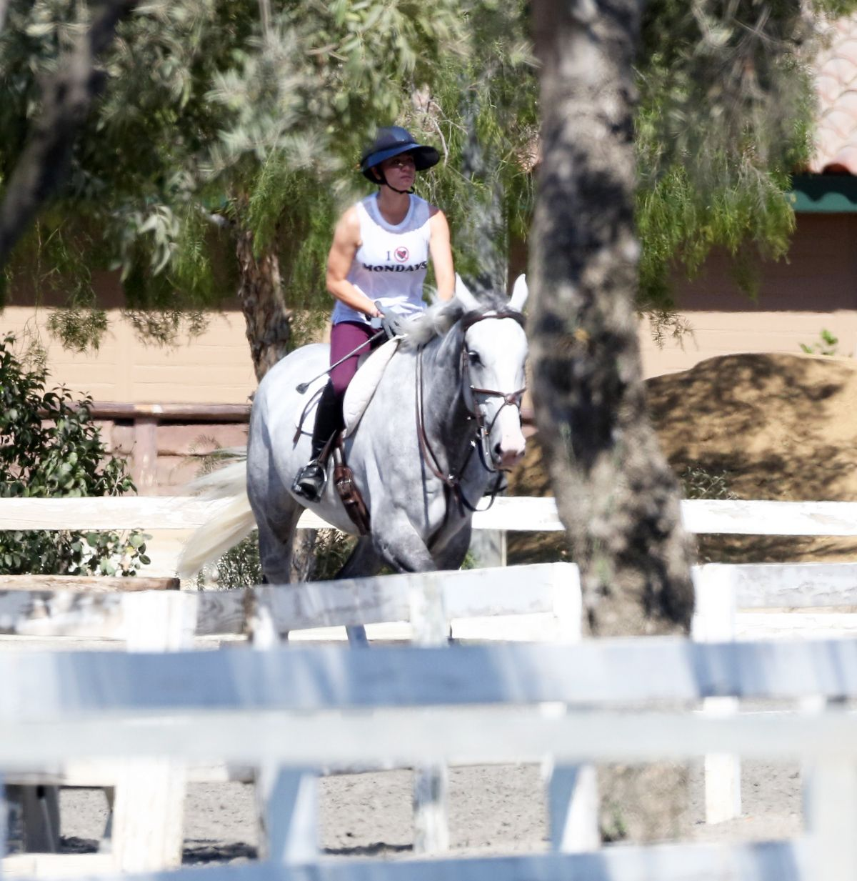 Kaley Cuoco Riding Her Horse in Burbank