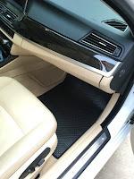 Thảm lót sàn ô tô BMW Seri 5 Màu đen bên phụ