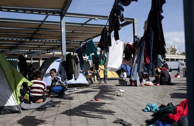 Οι Τούρκοι τα λεφτά κι εμείς τους πρόσφυγες!