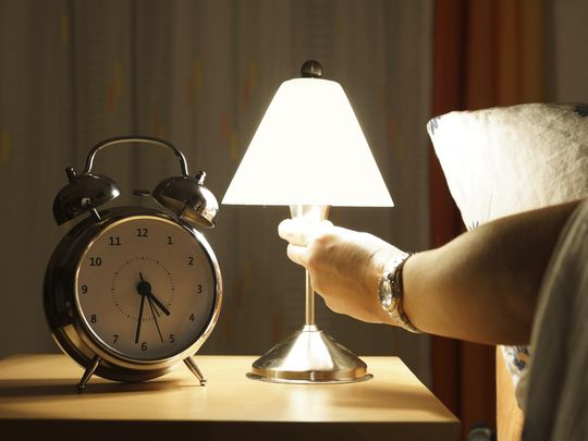 Benarkah Lampu Tidur dengan Cahaya Biru Membuat Tidur Lebih Nyenyak?