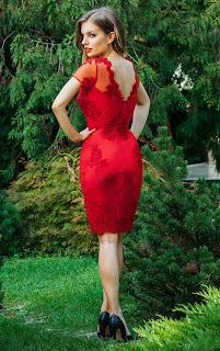 rochie-midi-de-ocazie-din-dantela-rosie-cu-maneci-scurte-eleny3